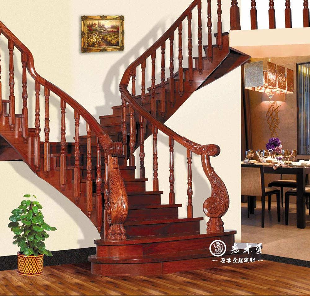德尔亚特整木家装包含了实木楼梯、木门、酒柜、酒窖、衣柜、橱柜、博古架、墙裙 板等木制产品。德尔亚特陆续推出了其它配套产品,拥有设计和生产实木楼梯、实木门、 实木衣柜、墙裙板、实木天花等家装木制品的生产能力,是一家完善多品类家装产品的整木家装企业,并独家持有多项技术和设计专利,响誉业界。