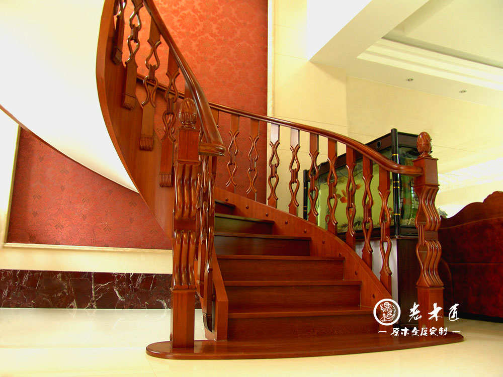 别墅楼梯装修效果图 -漳州老木匠