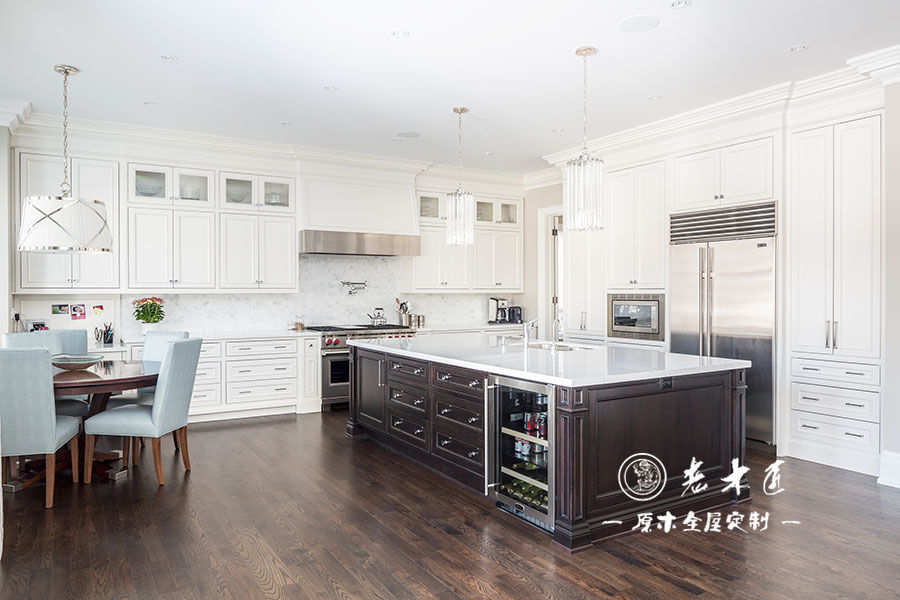白色风格厨房整体橱柜定制案例-漳州老木匠