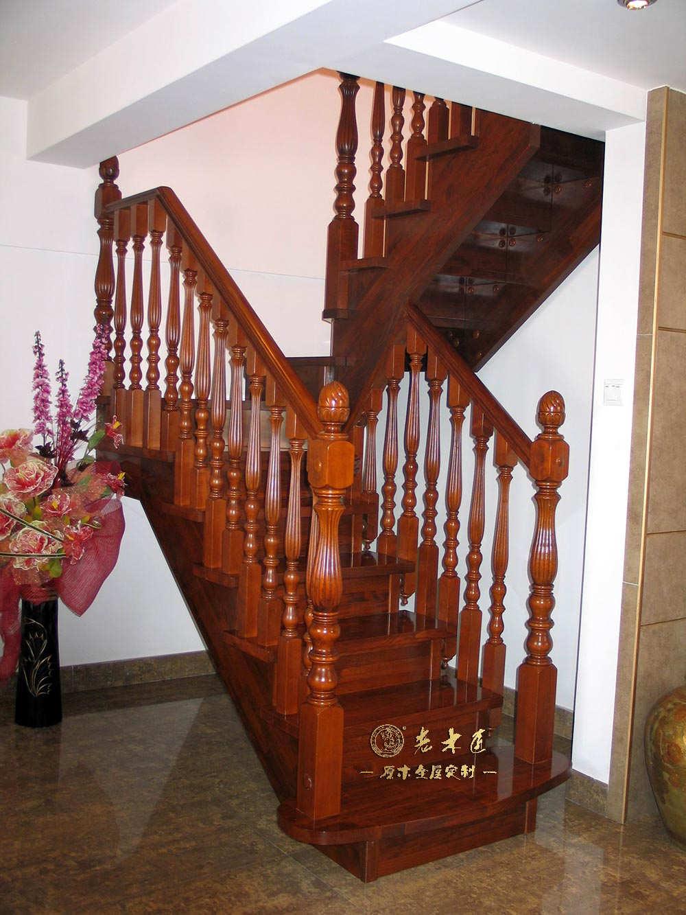 实木楼梯图片 室内实木楼梯定做图片