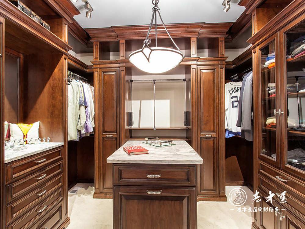走入式衣柜订制效果图 整体衣柜效果图