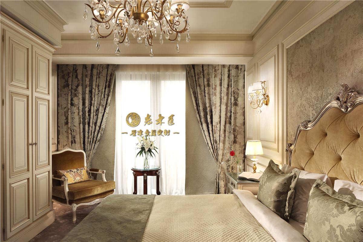 老木匠定制卧室床头背景墙提供顾问式服务