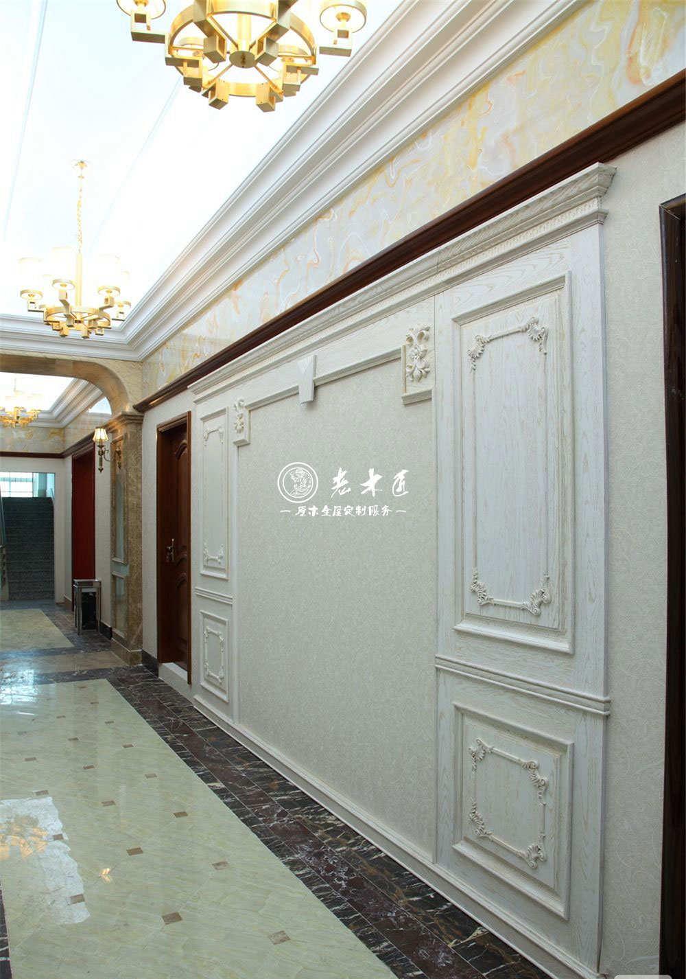 走廊护墙板效果图 欧式护墙板效果图