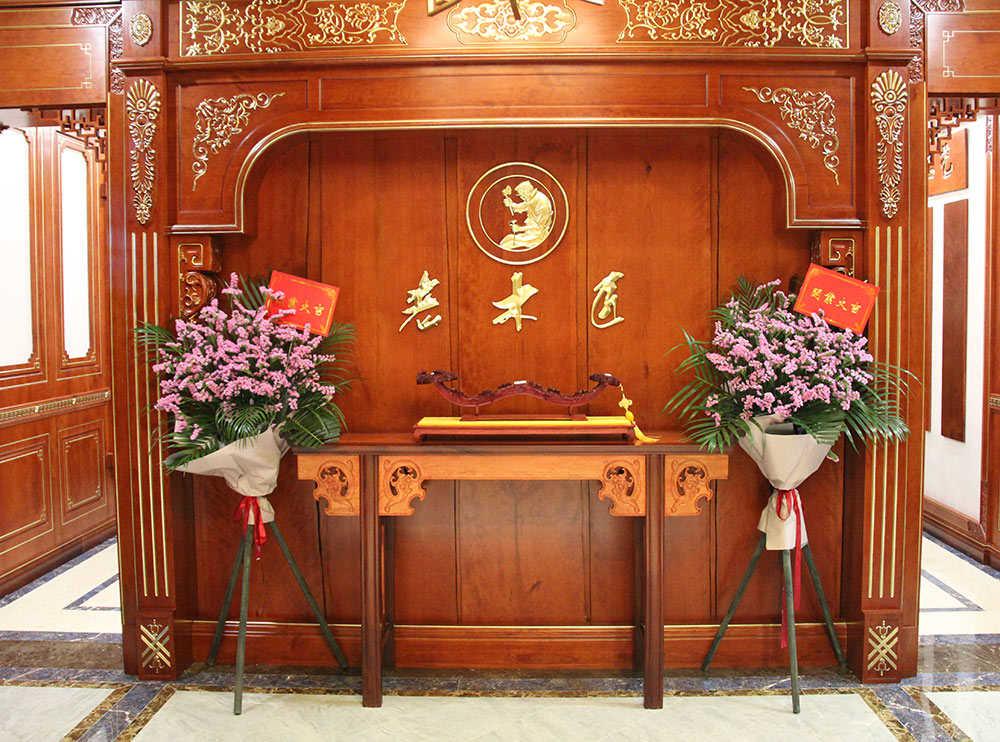 山东临沂老木匠原木展厅赏析 缔造原木艺术空间,享受品味家居生活!